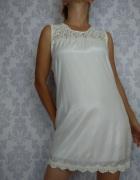 Biała prosta klasyczna elegancka sukienka z koronką Nowa Pilot...