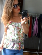 Bluzka koszulka kwiaty falbany