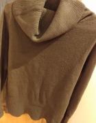 brązowy sweter z golfem rozmiar L