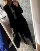 Długi plaszxcz czarny HIT