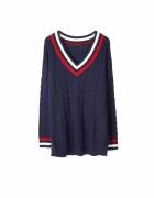 długi sweter w serek ze splotem warkoczowym fi