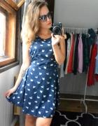 Sukienka w łabędzie granatowa