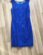 Ołówkowa chabrowa sukienka...