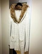 Piękny długi sweter wełniany futerko roz S