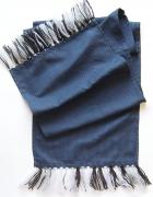 Ciemny szalidługi szalikgrafitowy szalikszalik do płaszcza