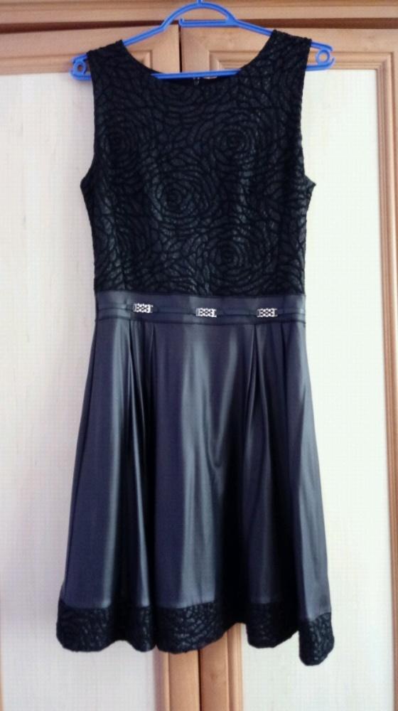 Skórzano koronkowa sukienka