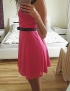 Sukienka różowa z czerną siatką...