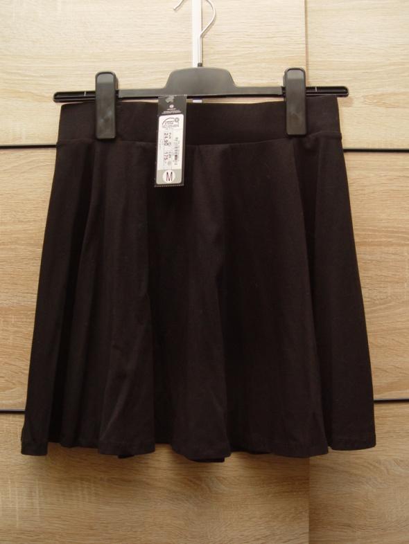 Nowa czarna spódniczka C&A Rozmiar M