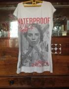 Koszulka tshirt wizerunek kobiety kobieta napis na