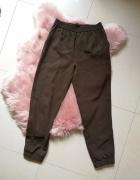 Lejące spodnie khaki ZARA nowe