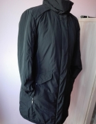 Czarna kurtka płaszcz dłuższy rozmiar uniwersalny...