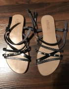 Sandały paski