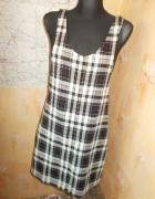 Sukienka kratka ogrodniczka New Look 38