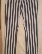 Wąskie spodnie rurki w czarno białe paski normal waist Tally We...