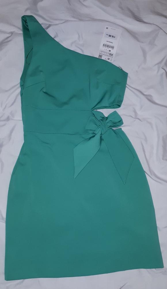 niezwykła sukienka XS na jedno ramię...