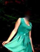 śliczna zielona sukienka