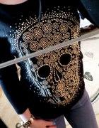 sweterek z czaszką złote dżety