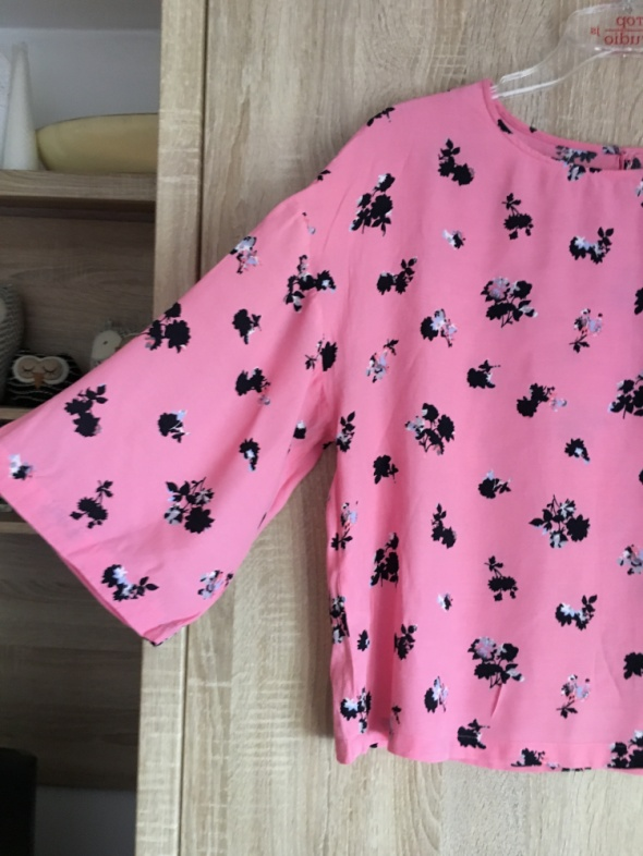 Różowa bluzka szerokie rękawy L next...