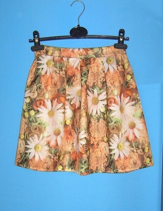 pomarańcz rozkloszowana spódnica floral kwiaty
