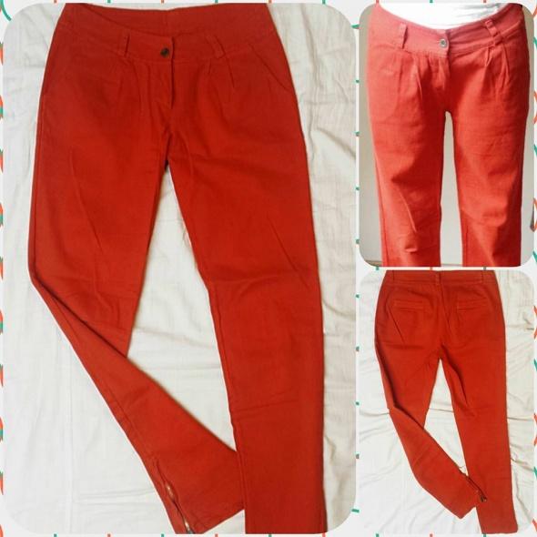 Spodnie rurki z zameczkami