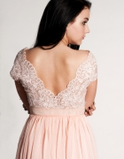 Eliza piękna suknia z włoską koronka