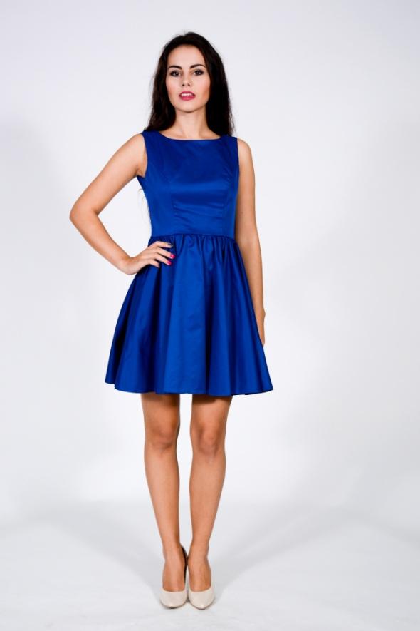Suknie i sukienki DeVu model Manon blue szyta na zamówienie