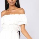 Biała sukienka maxi bardot