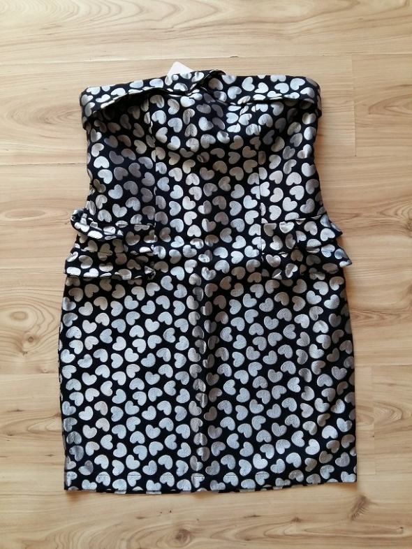 nowa Orsay sukienka z baskinką w serca zara...