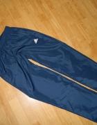 ADIDAS spodnie dresowe na podszewce roz S na 168...