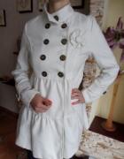 Kremowy płaszcz Japan Style S...