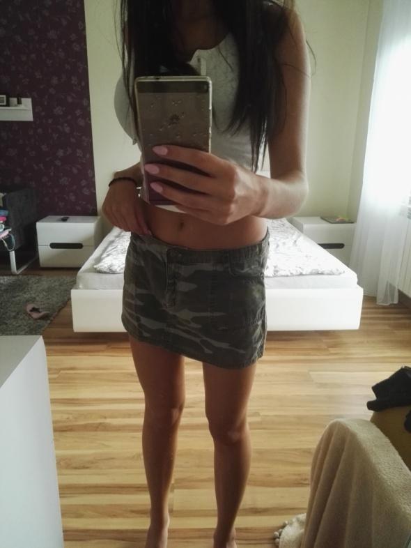 moro spódnica mini