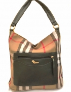 Przepiękna torebka w kratę z czarnym wykończeniem skórzanym...