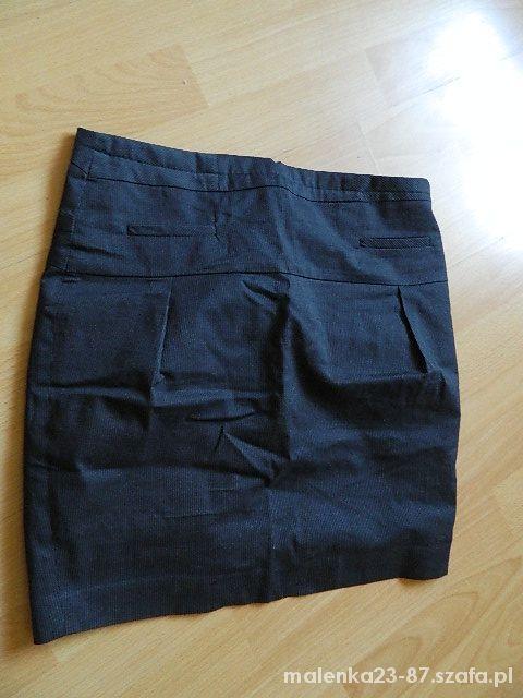 Spódnice Czarna elegancka spódniczka