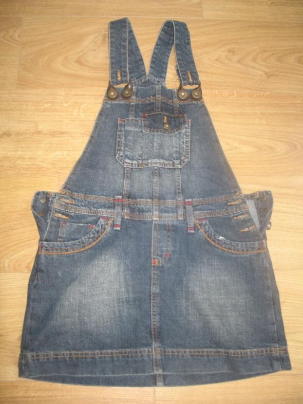 Jeansowa sukienka w formie ogrodniczek