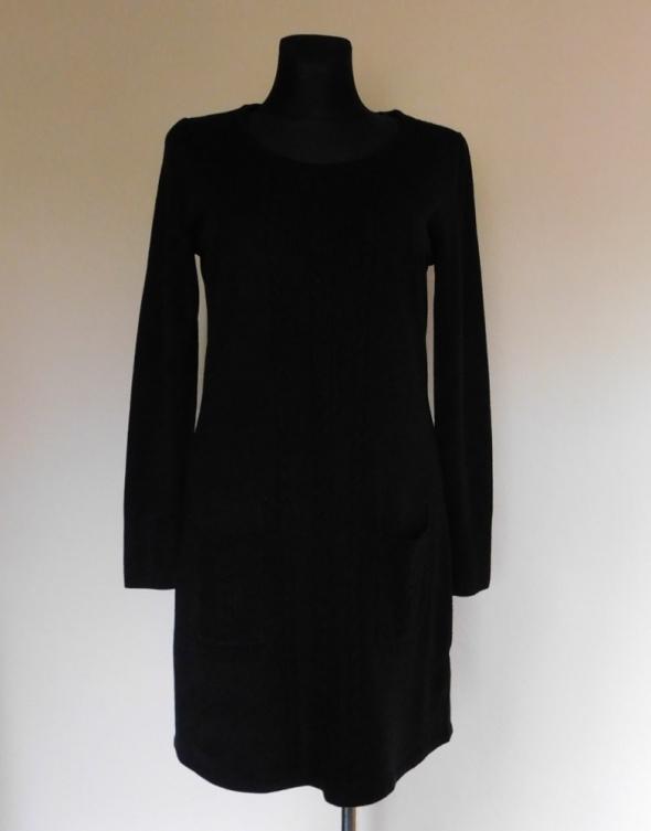 F&F czarna zimowa sukienka 40 42...