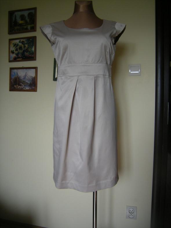 elegancka bezowa sukienka Carry L XL...