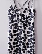 Ołówkowa biała sukienka kwiaty floral paski ramiączka Topshop s...