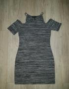 sukienka bluzka odkryte ramiona