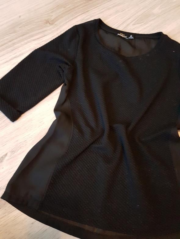 Czarna bluzka pikowana Breshka S...