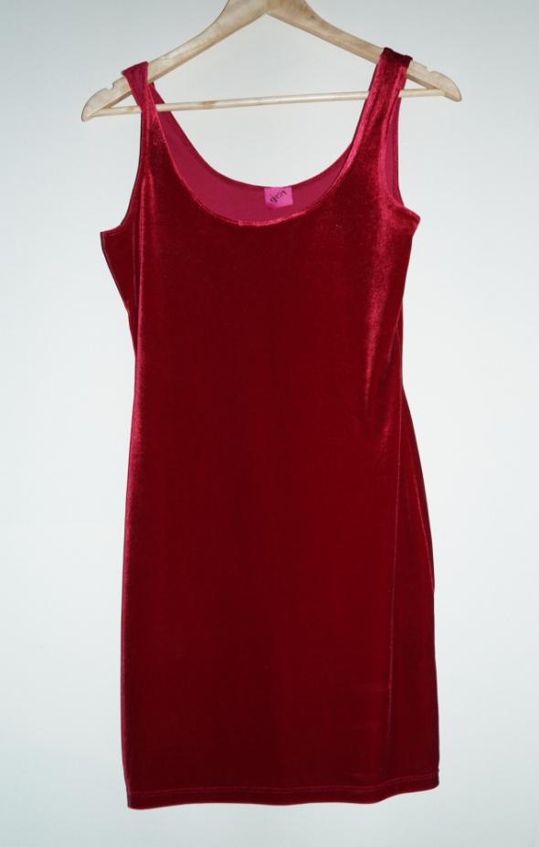 sukienka trend velvet czerwona 36 38