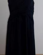Czarna suknia wieczorowa...