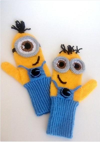 Rękawiczki jednopalczaste Minionki nowe z polarem