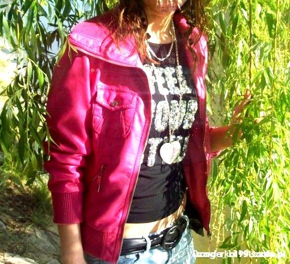 Śliczna różowa Ramoneska
