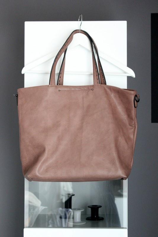 f056fb8ba4a60 Torebki na co dzień duża torba torebka na ramię klasyczna brązowa eko skóra  pojemna ćwieki nity