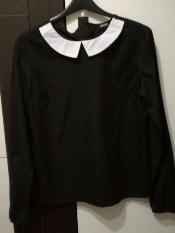 Czarna bluzka...