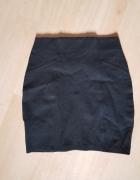 Czarna spódnica mini...