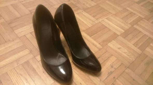 klasyczne czarne szpilki ALDO...