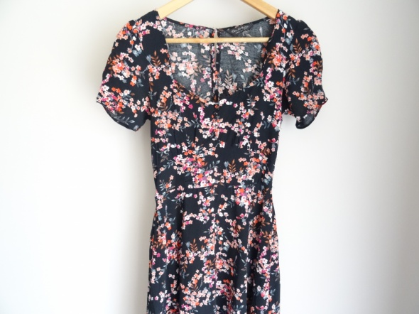 Sukienka floral Miss Selfridge...