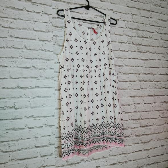 Biała sukienka wzorzysta przewiewna idealna na lato czarny pudrowy róż H&M