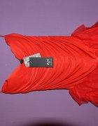czerwona sexy sukienka z tiulową falbanką